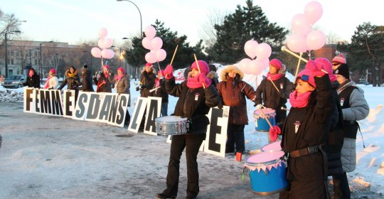 Femmes dans la rue contre l'austérité